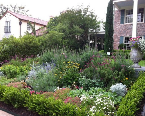 Texas native landscape houzz for Native garden designs