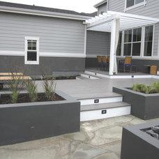 Modern Landscape by Urban Gardens, Inc.