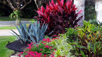 Colorful Curb Appeal in a Boca Raton Landscape