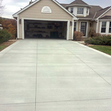 Traditional Landscape by Above Quality, Inc.