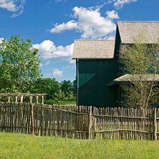Farmhouse Landscape by Demetriades + Walker