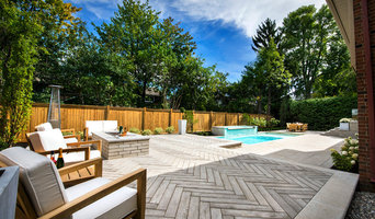 Contemporary backyard in Beaconsfield