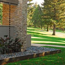 Contemporary Landscape by Westfall Design Studio