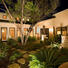 Contemporary Landscape by Eppright Custom Homes