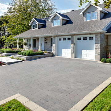 Contemporary Driveway