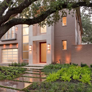 Design ideas for a mid-sized contemporary shade front yard concrete paver garden path in Houston.