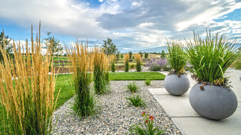 Contemporary Landscape with Basalt Columns Water Feature