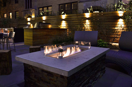 contemporary patio by Chicago Roof Deck & Garden