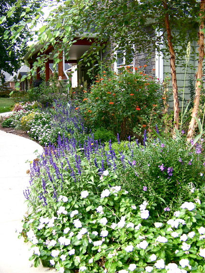 Traditional Landscape Cottage Gardens