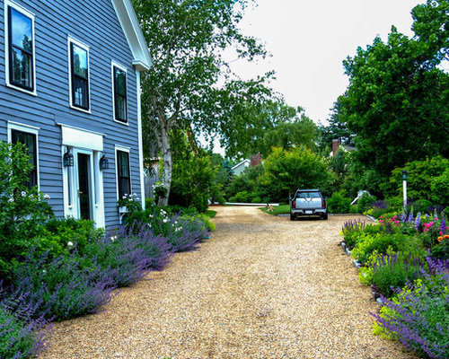 Farm driveway home design ideas pictures remodel and decor for Farmhouse landscaping ideas