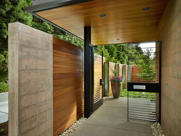 Contemporary Landscape by DeForest Architects