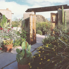 Eclectic Landscape by Linda Robinson Design Associates