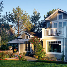 Traditional Landscape by Parrish Construction