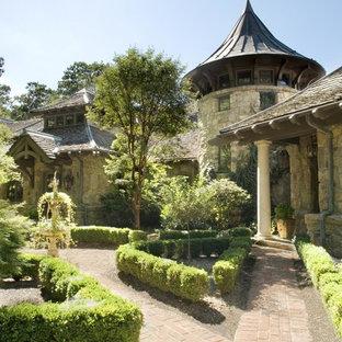 75 Most Popular Victorian Courtyard Garden Design Ideas ...