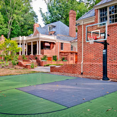 Traditional Landscape by Andrew Roby General Contractors