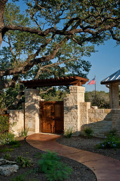 Rustic Landscape by Authentic Custom Homes