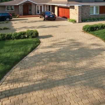 Custom Paving Brick Driveway