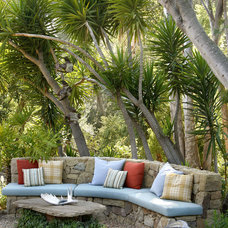 contemporary landscape by Margie Grace - Grace Design Associates