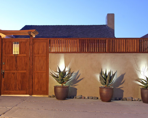 Best compound wall design ideas remodel pictures houzz for Decoration facade maison