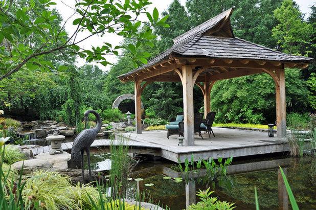 Asiatisch Garten by McHale Landscape Design, Inc.