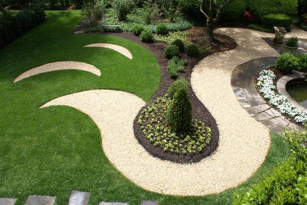 Современный Сад by Scott Brinitzer Design Associates
