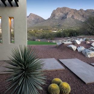 Idées déco pour un jardin avant sud-ouest américain.