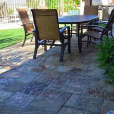 Traditional Landscape by Lone Star Landscaping