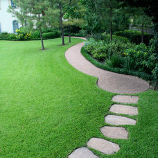 landscape by McDugald-Steele Landscape Architects