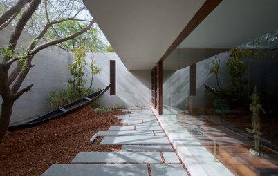 自然と融合する、インドのモダンな住宅