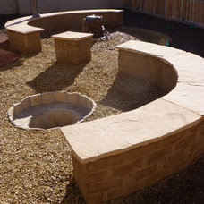 Contemporary Landscape by Waterwise Landscapes Incorporated