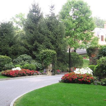 Driveway Landscape Design Plantings