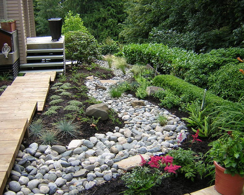 dry creek bed landscaping home design ideas pictures remodel and decor. Black Bedroom Furniture Sets. Home Design Ideas