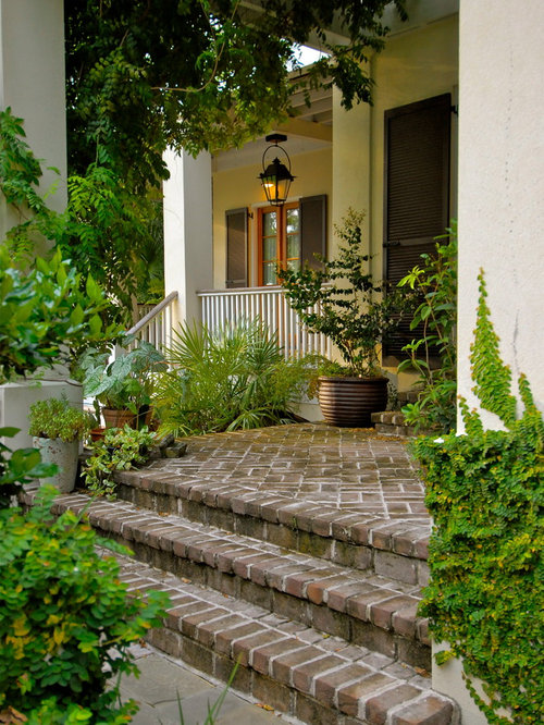 Brick front houzz for Home garden design houzz