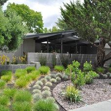 Landscape by Huettl Landscape Architecture