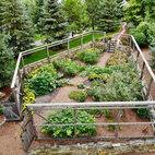 Enclosed vegetable garden