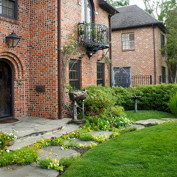 English Tudor Cottage - River Oaks, Houston