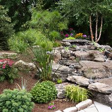 Traditional Landscape by LP Landscape Plus Inc