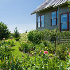 Rustic Landscape by TruexCullins Architecture + Interior Design