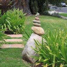 Eclectic Landscape by Dale Newman Landscape Architect
