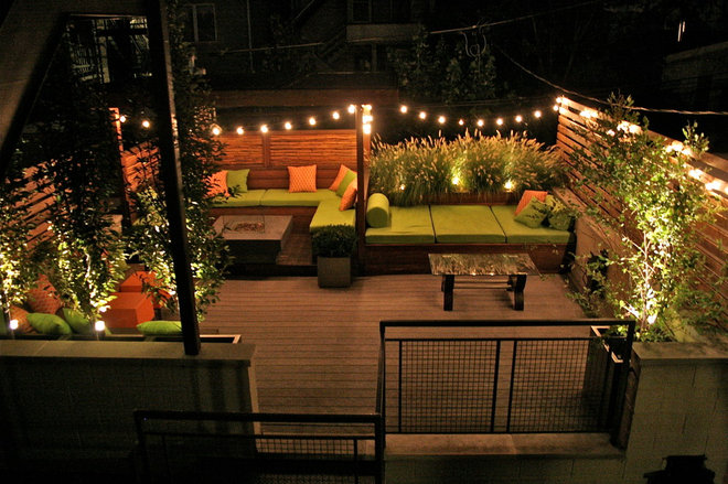 Eclectic Landscape by Chicago Specialty Gardens, Inc.