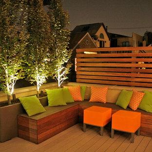 Inspiration för mellanstora eklektiska takterrasser, med trädäck