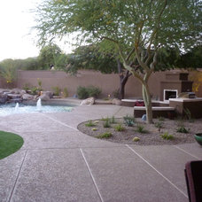 Contemporary Landscape by MTH Design Group