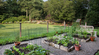 Family Fun Fire-pit, Veggie Garden, Dining Terrace and more