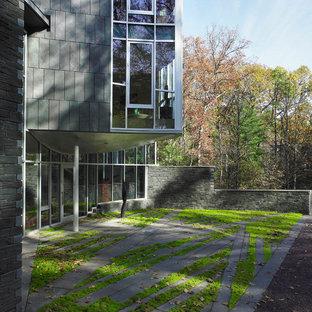 Modelo de jardín minimalista, en patio, con exposición reducida al sol