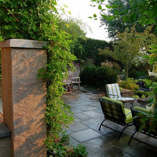 Traditional Landscape by Fernhill Landscapes