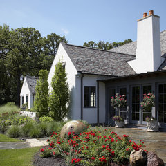 traditional landscape by Culligan Abraham Architecture