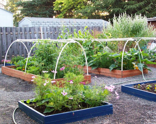 Watering system for garden ideas pictures remodel and decor for Watering vegetable garden