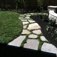 Traditional Landscape by Two Brothers Brick Paving