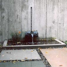 Modern Landscape by Studio Green