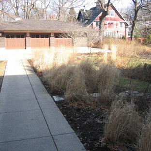 Ispirazione per un piccolo giardino formale american style esposto a mezz'ombra dietro casa in inverno con pavimentazioni in pietra naturale